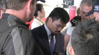'MANNY PACQUIAO - walks into security shit storm at Melbourne Airport' #exclusive 27/4/17