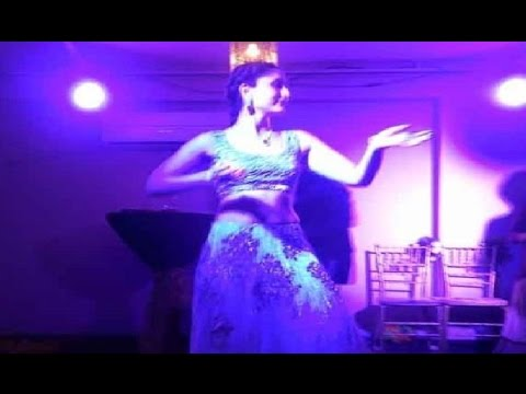 Kareena Kapoor Performance At Soha Ali Khan Wedding Leaked!
