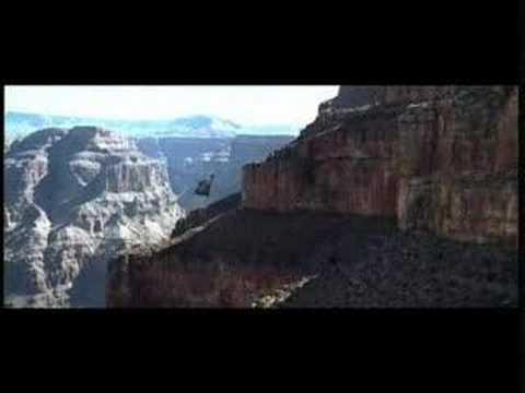 Next (2007) Trailer  iTALiAN