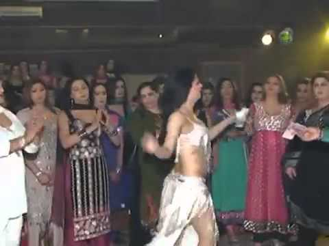 Bizli Vari Hai  Meri Ang Ang Me -  By Chayon Shaah - Nude Mujra(pakistani Hit) video
