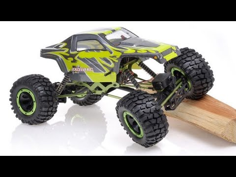 Exceed RC Maxstone Rock Crawlers 1/8th vs 1/10th vs 1/18th First Look