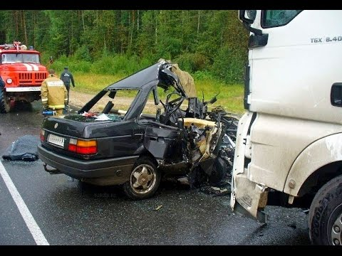 Car crash on the road 2014