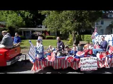 2013 Endless Mountains Christian Academy Memorial Day Parade Float - 05/27/2013