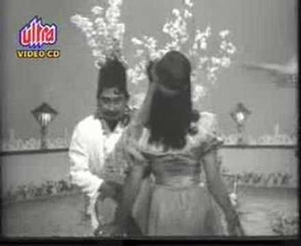 Old is Gold - टीना मीना डीका Aasha BW...