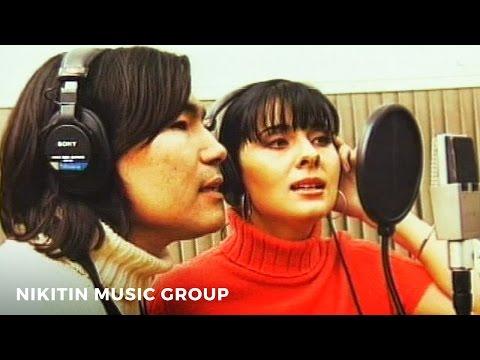Мюзикола и Батырхан Шукенов - Певица и саксофон (Official Video)