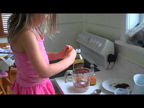 Gabby's 5-minute Microwave Chocolate Cake in a Cup