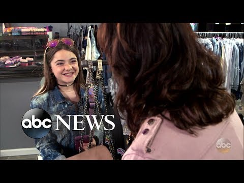 Wannabe social media model teen treats store employees poorly | What Would You Do? | WWYD