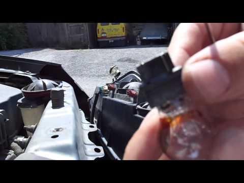 2004-2007 Chevrolet Malibu Turn Signal / Parking Light Fix