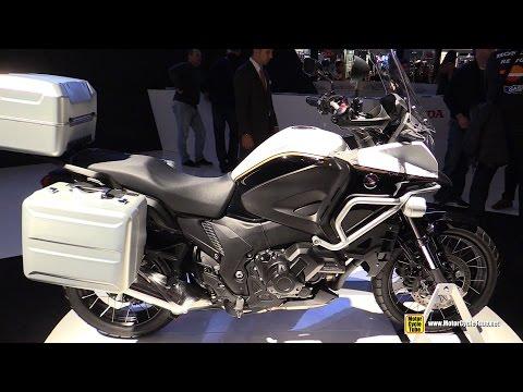 2015 Honda Crosstourer DCT Travel Edition - Walkaround - 2014 EICMA Milan Motorcycle Exhibition
