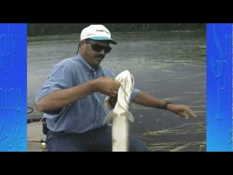 Simply Fishing 1010 Muskie W: Joe Mardesich Jr