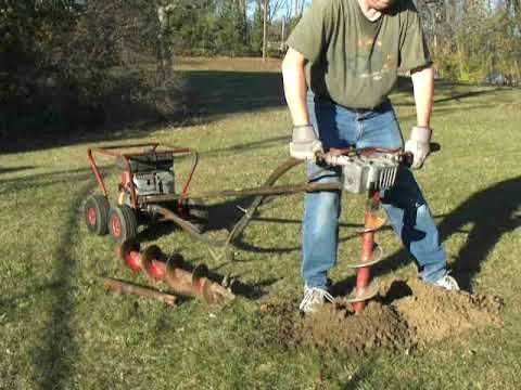 Little Beaver One Man 5hp Briggs Mechanical Earth Auger