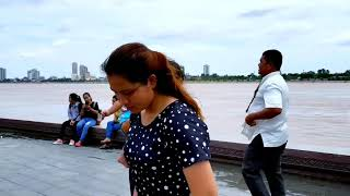 Travelling and Sightseeing in Phnom Penh, Capital of Kingdom of Cambodia