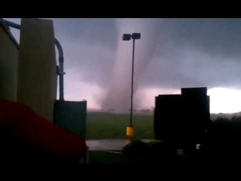 Entertainment: May 20th 2013 tornado