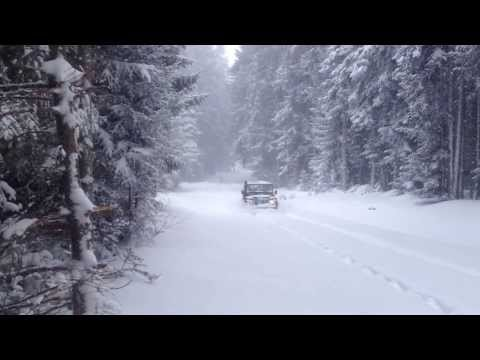 land rover defender TD5 in deep snow