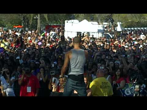 New Boyz @ WILD SPLASH 2010(3.20.10) Video