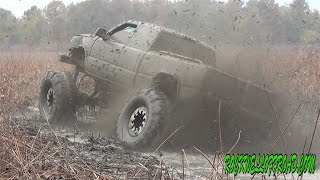 6.0 LQ9 EATING MUD!!! SLINGING 54 BOGGERS