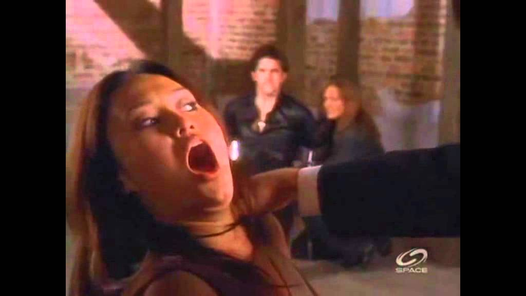 Tia Carrere tied to bed - YouTube