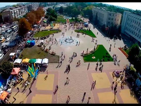 Бориспіль з висоти пташиного польоту в день святкування Тисячоліття