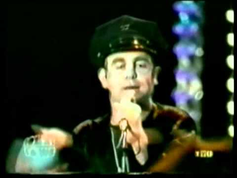 Elton John - Johnny B. Goode