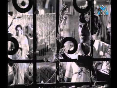 Mayangukiral Oru Madhu Full Movie video