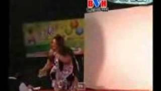 YouTube - Ghazala Javed New Pashto Song-Primeda Marwand Zama-_mpeg4.mp4