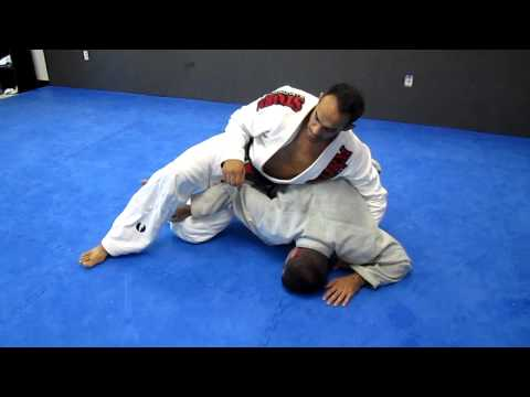 bjj: crucifix technique set ups Image 1