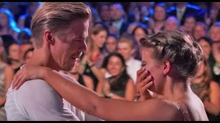 Bindi Irwin Breaks Down During Emotional Tribute To Her Late Father Steve Irwin