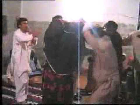 A Pathan Dance With Girls   Funny   TumTube com   Desi Videos