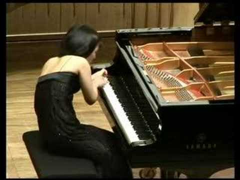 Ching-Yun Hu plays Ligeti Etude No. 10,