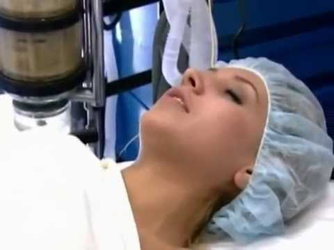 Girl trips out before passing out from anesthesia