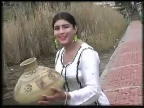 Pakistani Hot Dance Hot Mujra Song 2014 video