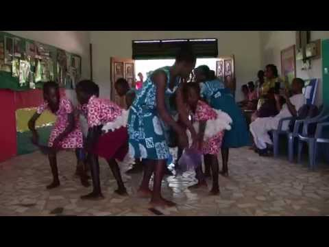 Dance Troop at Akoma Academy Ghana Tour Oct 2015
