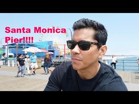 Exploring the world famous Santa Monica Pier and shooting tons of photos!