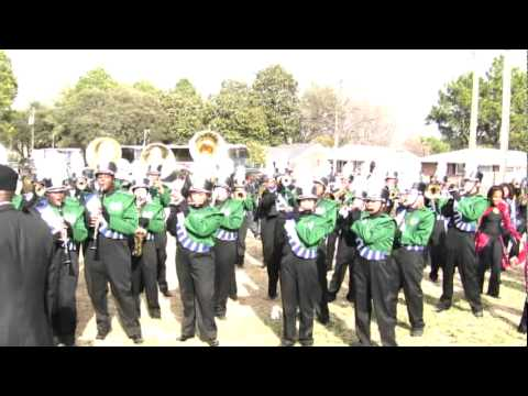 Southeast Raleigh High School Band - I love the way you move!!
