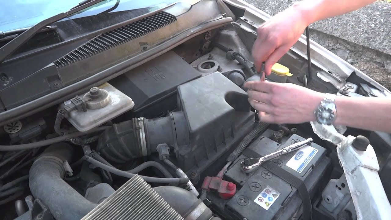 cabin air filter location 2012 ford focus