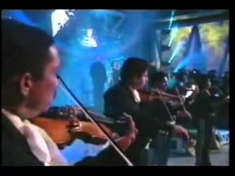 Juan Gabriel y su Gran Imitador Ronald Hidalgo - Abrázame muy fuerte