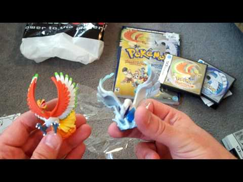 Pokmon HeartGold & SoulSilver English Unboxing and Japanese Comparisons Video