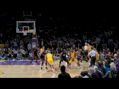 dwight howard dunks on lebron. video defensive Kobe