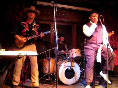 MUD MORGANFIELD feat. Omar Itcovici band - Mannish Boy