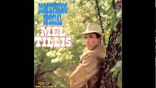 Watch Mel Tillis Am I Locking Someone In video