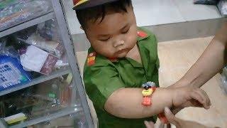 Đồ chơi trẻ em bé pin mua đồng hồ đeo tay  ❤ PinPin TV ❤ Baby toys clock wrist