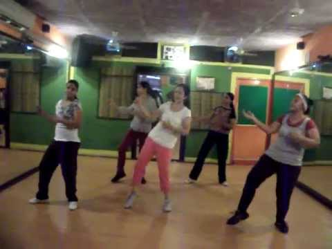 """Rowdy Rathore"" Dhadang Dhang Dhang  Dance Performance By Step2Step Dance Studio,9888697158 .wmv"