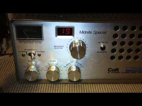 Colt Midnite Special 40 Channel Tube Type CB Radio