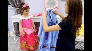 🌸Princess Dresses -Emily Became a Princess