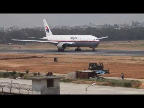 9M-MRD Boeing 777-200ER Malaysia Airlines Take Off (Later crashed as MH17)