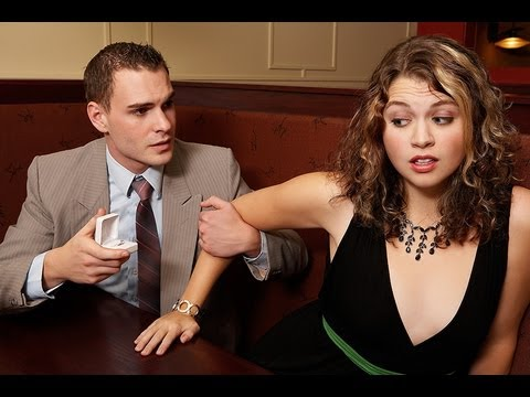 How To Date A Girl - 3 Things Women Hate To Feel On Dates With Men