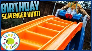 BIRTHDAY SCAVENGER HUNT! Happy 5th Birthday, Bubs! Treasure Hunt with Izzy's Toy Time