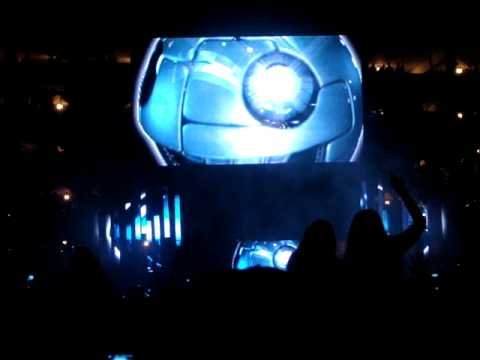 Deadmau5 Intro Live @ Hard Haunted Mansion 2009