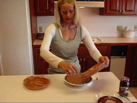 Betty's Triple Chocolate Frozen Ice Cream Pie Recipe