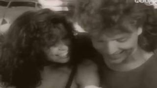 Watch Richard Marx Angelia video